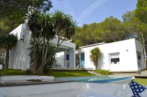 location belle villas avec piscine costa brava espagne