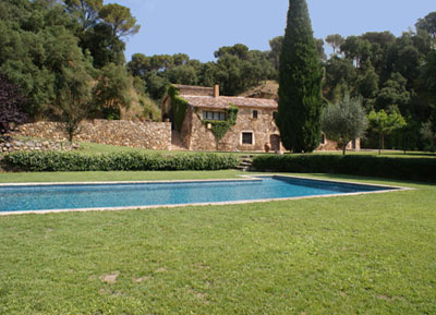 Maison de charme louer costa brava espagne for Villa de luxe a louer en espagne